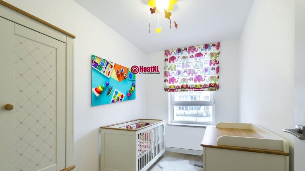 Kinderkamer met infrarood paneel
